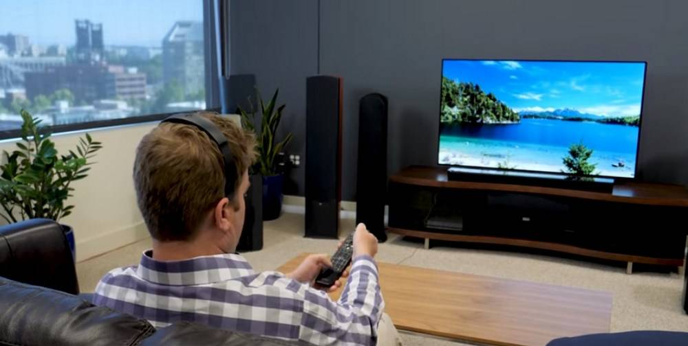 Bose SoundTouch 300 and Sonos Playbar can be operated remotely