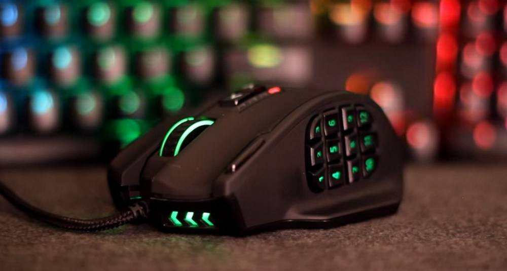 UtechSmart Venus Gaming Mouse RGB Wired has a 6 feet of cord