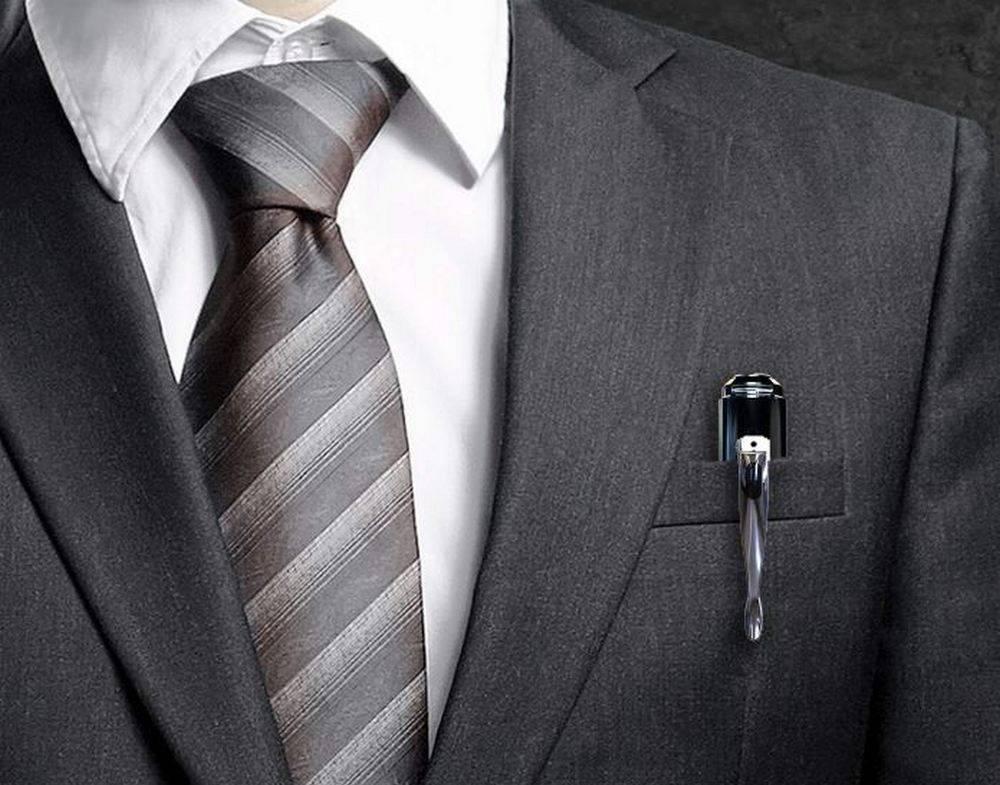 The Portocam POT21 Hidden Spy Pen is designed to look like a normal pen