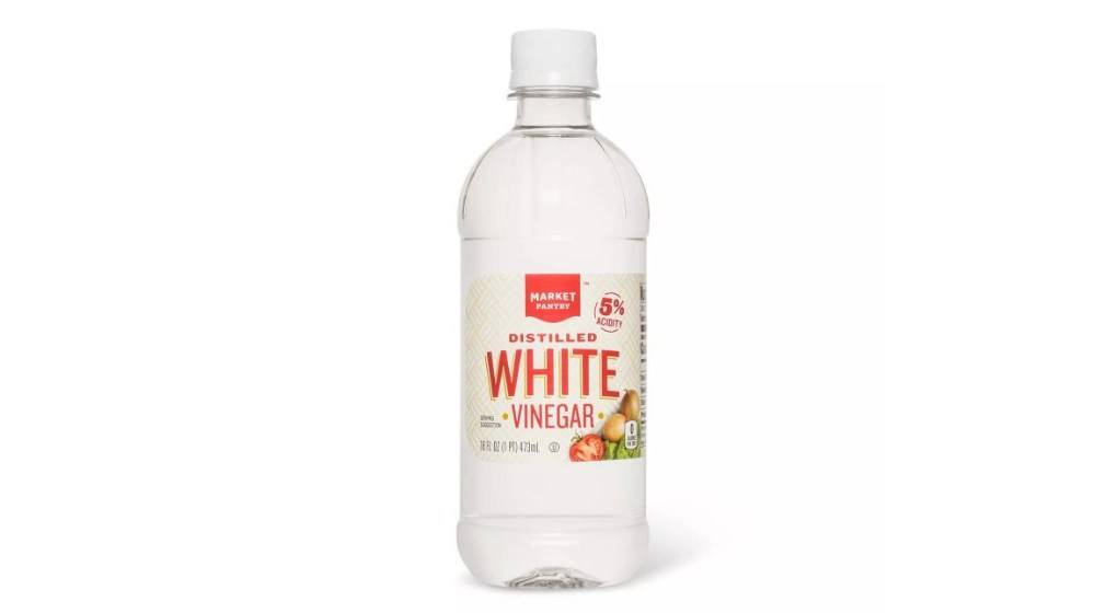 Heinz Distilled White Vinegar for cleaning MacBook's Screen